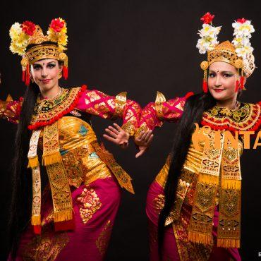 chrámový tanec z Bali - condong